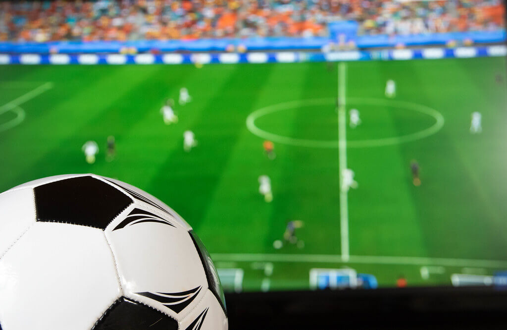 English football league system resembles a pyramid